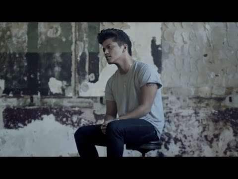 Bruno Mars – It Will Rain [Video Oficial]